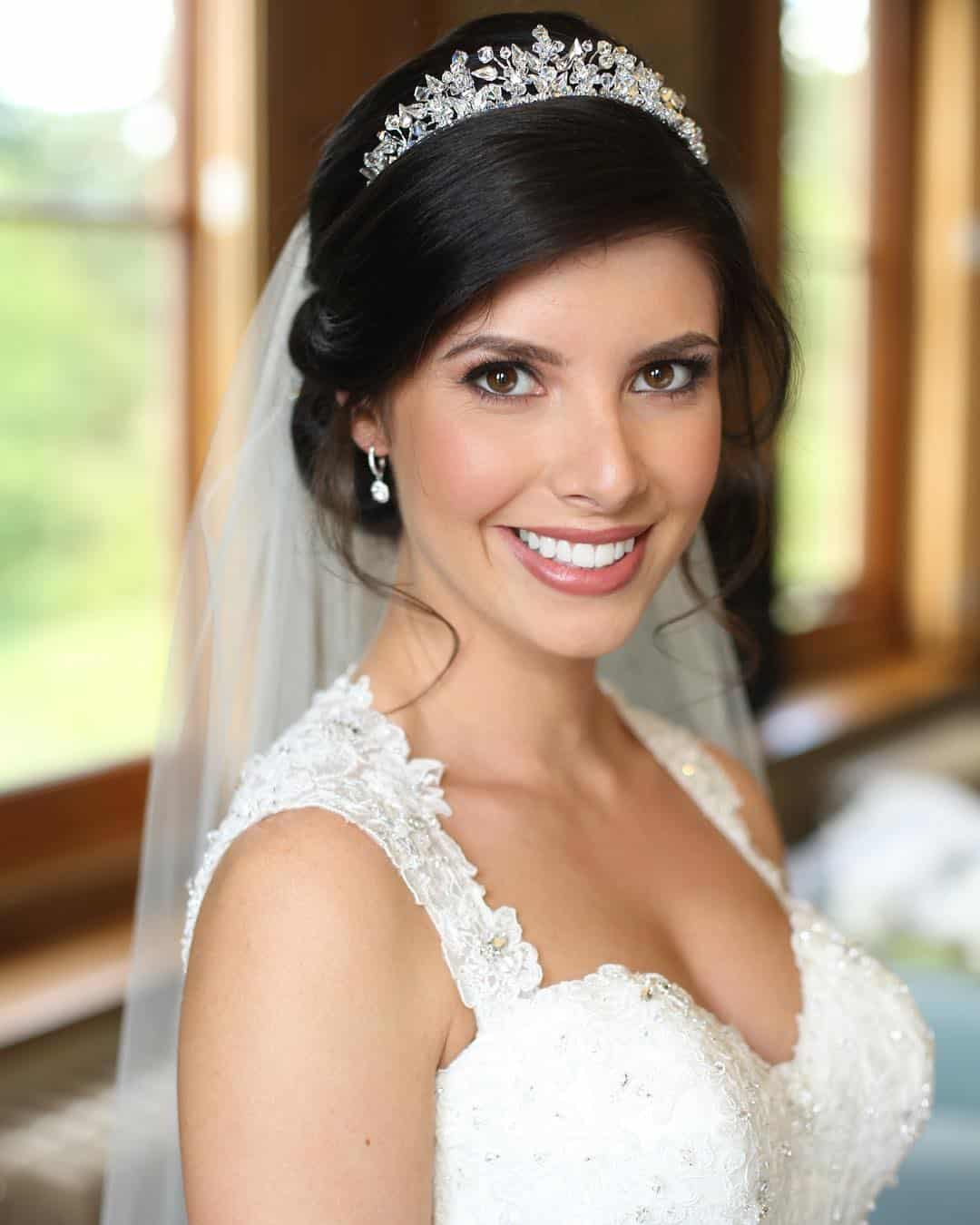 Wedding Hairstyle Trends 2020: Crown, Tiara Or Bridal Wreath? Bridal Trends Of 2020
