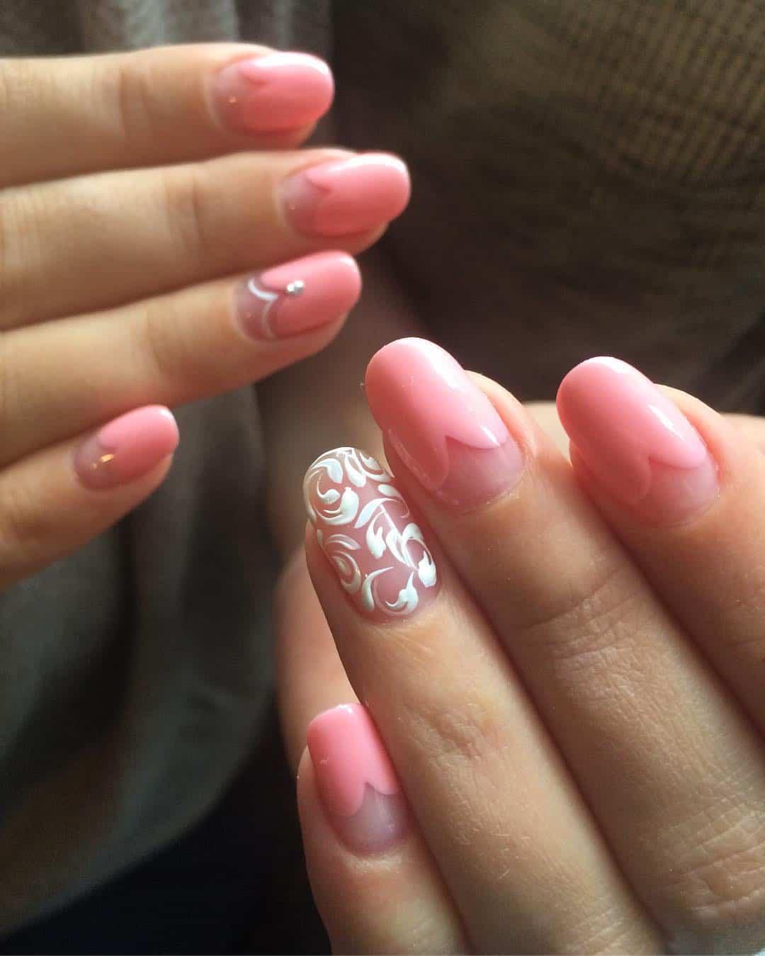 Wedding manicure – Hearts nail art