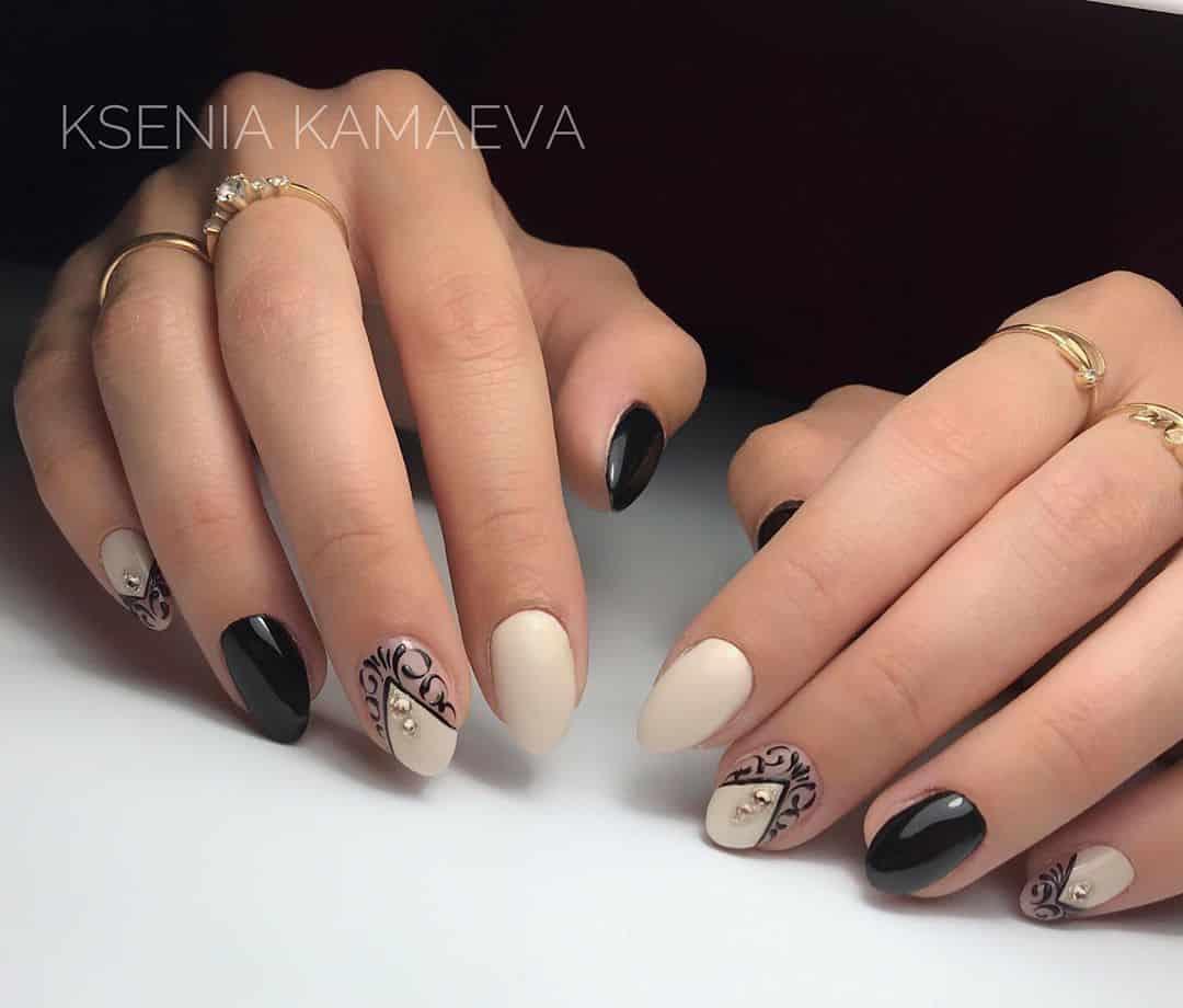 Wedding manicure: lace nail design